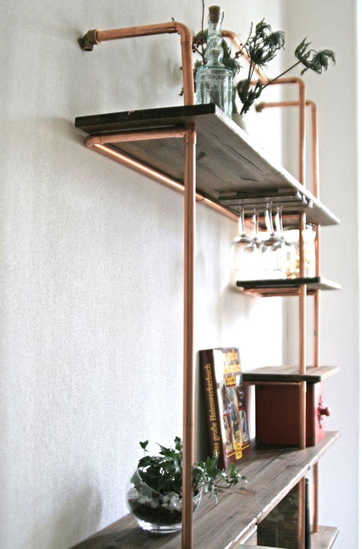 Eine Regal-Konzeption mit Hilfe von Kupferrohren wirkt stilvoll, ist sehr stabil #zuhausediy