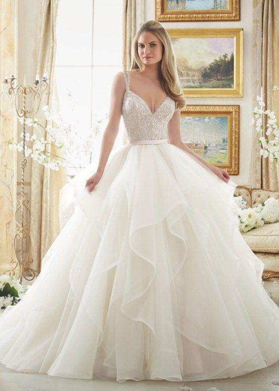 Los vestidos de novia de una línea más favorecedores para tu gran día – Modekreativ.com