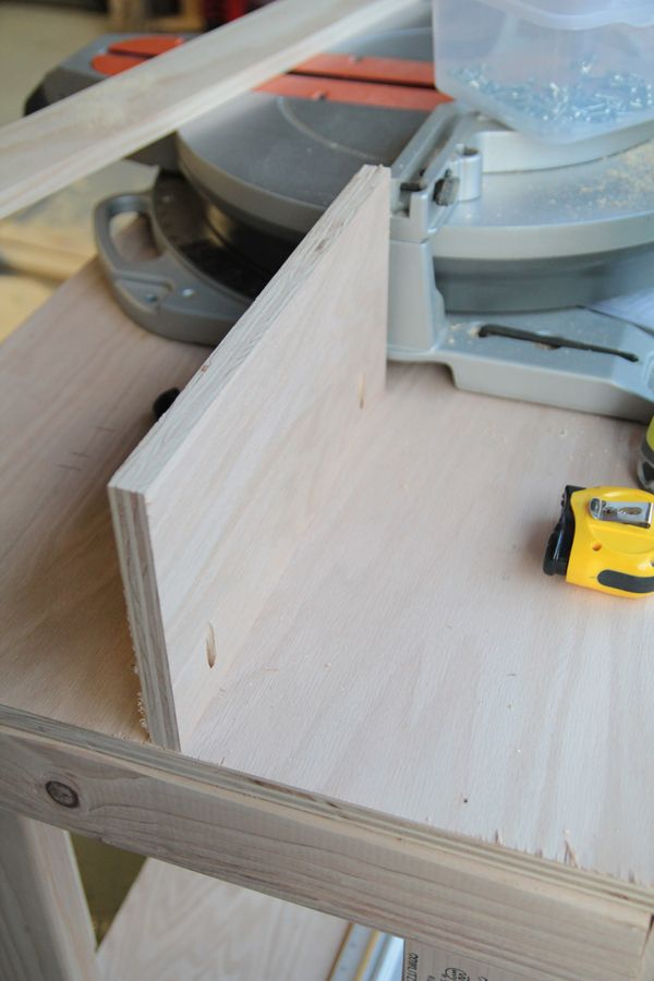 Do It Yourself Home Design: DIY Miter Saw Bench