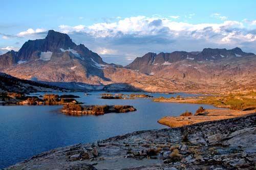Thousand Island Lake Area Nevada Hiking Island Lake Mountain Landscape