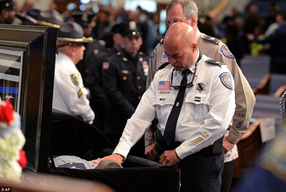 Last Of Slain Baton Rouge Officers Is Laid To Rest Baton Rouge Training Day Officer