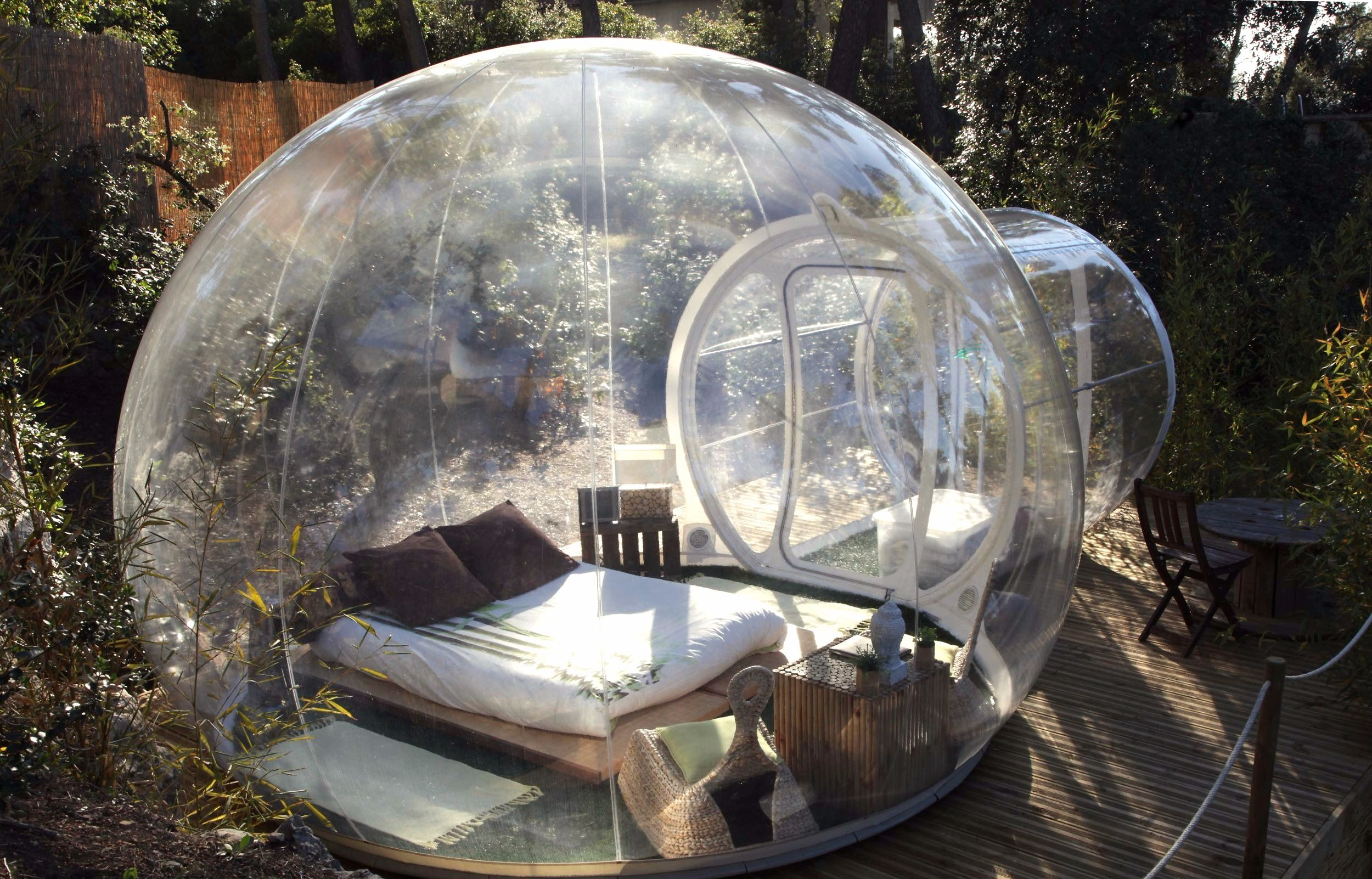 Outdoor Bubble Bett A Beautiful And Large Outdoor Igloo Available Online For
