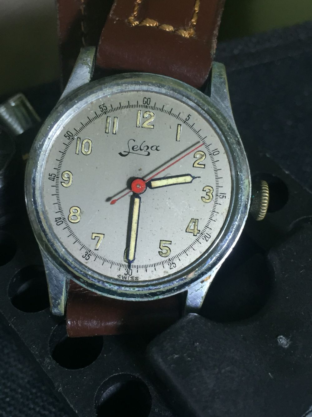 Dating hmt watches