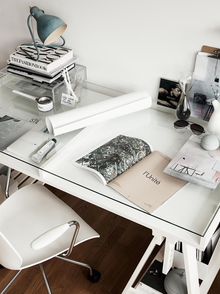 beautiful and uptodate interior design ideas with glass desks a beautiful modern work desk can