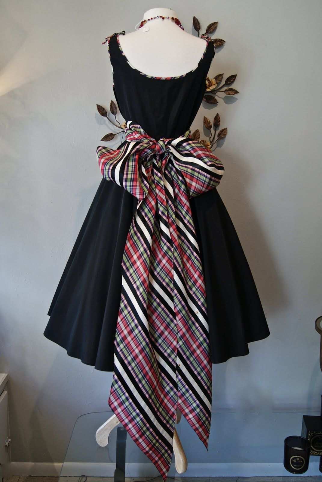 Plaid wedding dress  Xtabay Vintage Clothing Boutique  Portland Oregon Bow Wow Wow