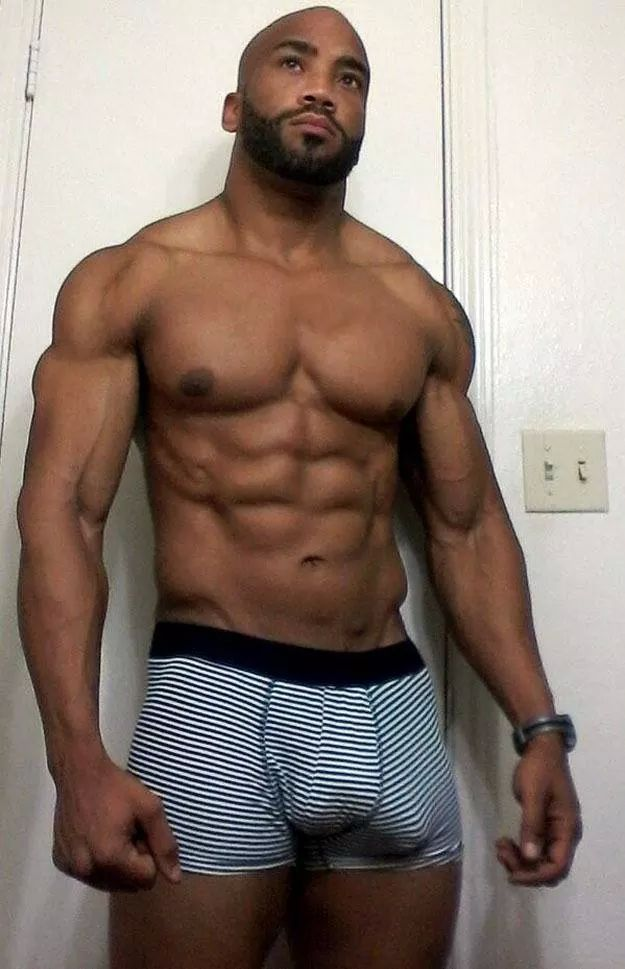 sexy muscle black male nude