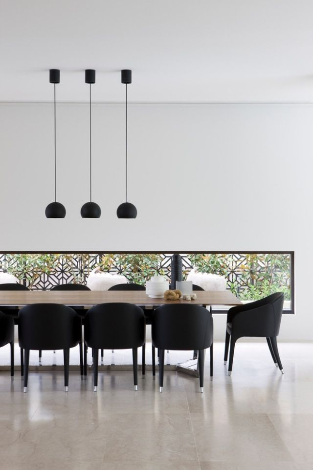 Beautiful Table Noire Et Chaises Photos - Amazing House Design ...
