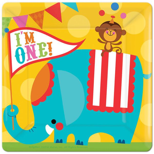 I'm One! Get everyone excited with these plates, stuffed full of great circus animals!