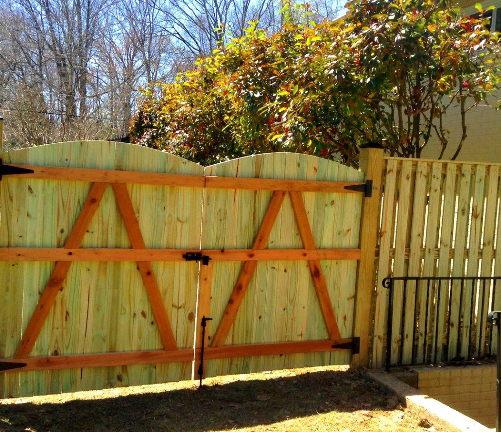 Fence Designs Lions Fence Award Winning Local Co Fence Design Wood Fence Design Wood Fence Gate Designs