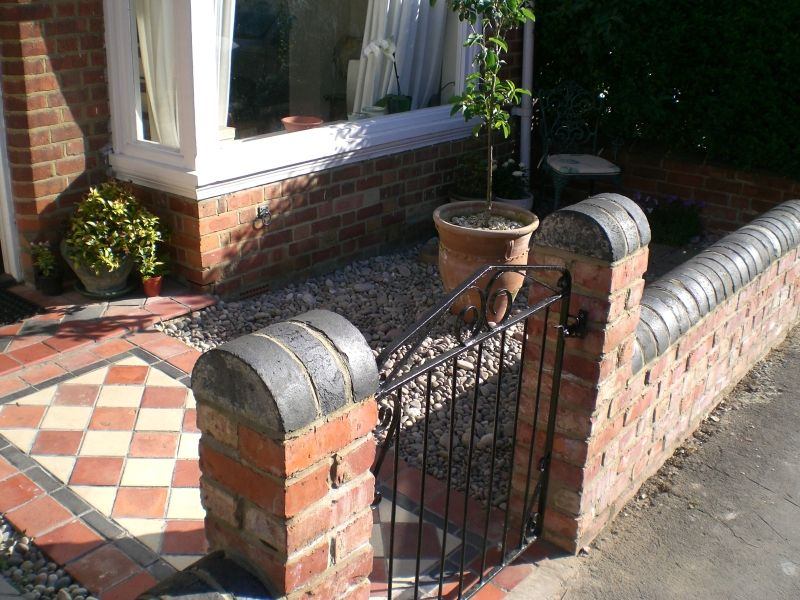 Front Garden Brick Wall Designs Stagger 11