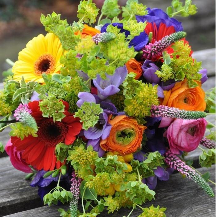 Bunte Blumen Zur Hochzeit Floral Design Blumen Tischdeko