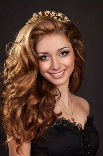أحدث قصات الشعر للبنات موضوع يهمك Curly Girl Hairstyles Hair Styles Girl Hairstyles