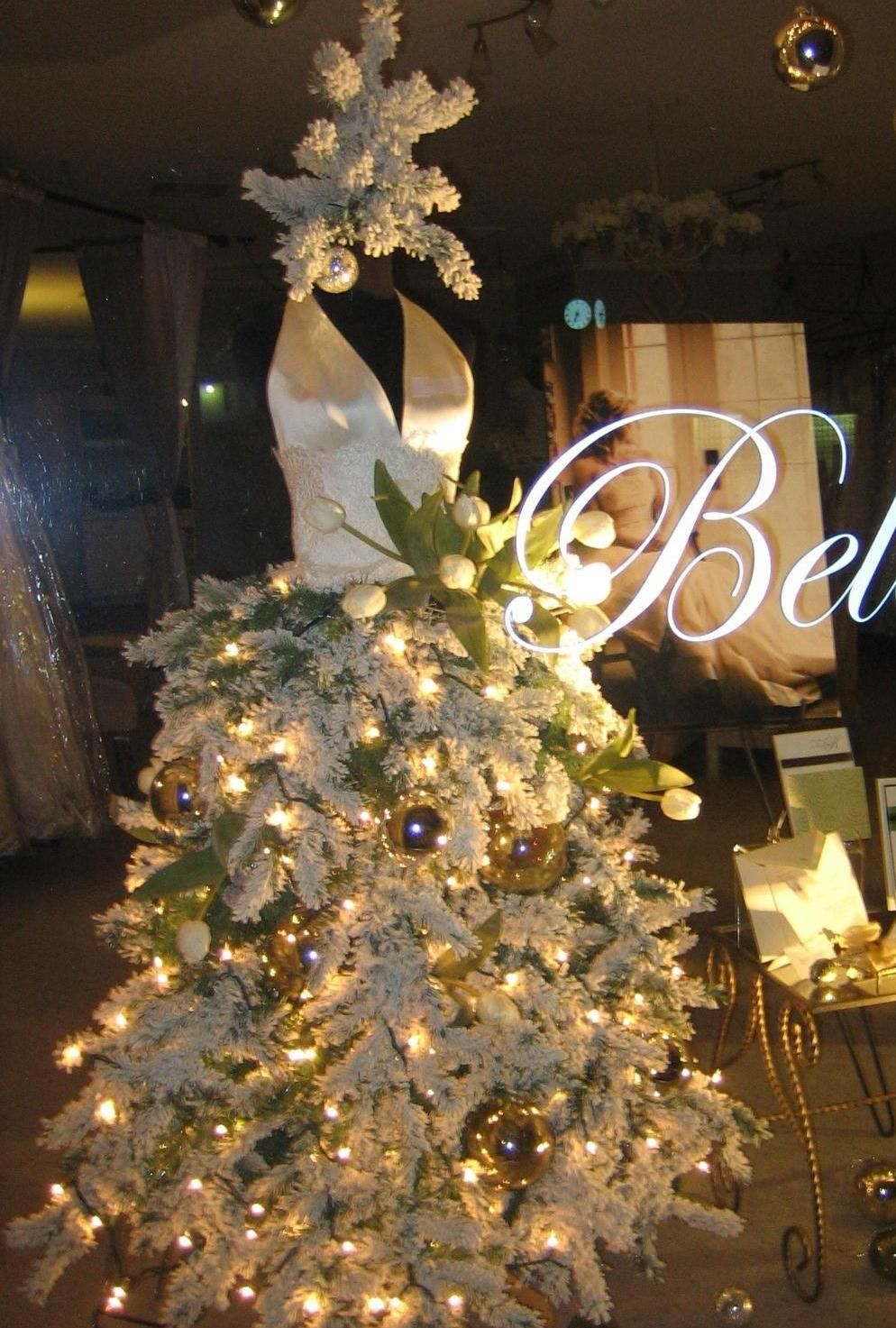 Singlewide designs christmas mannequin window displays pinterest