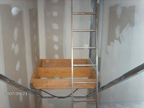 am nagement d 39 un placard dans l 39 escalier 24 messages escalier. Black Bedroom Furniture Sets. Home Design Ideas