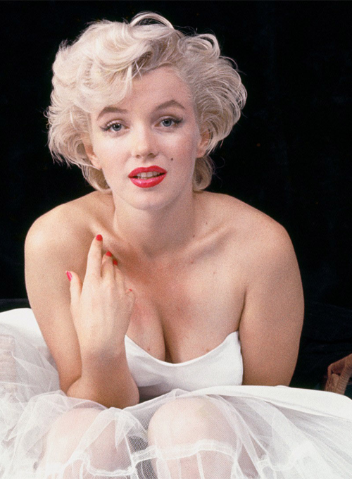 Rats Off Marilyn Monroe Photographed By Milton Greene Marilyn Monroe Photos Photographer Milton Greene