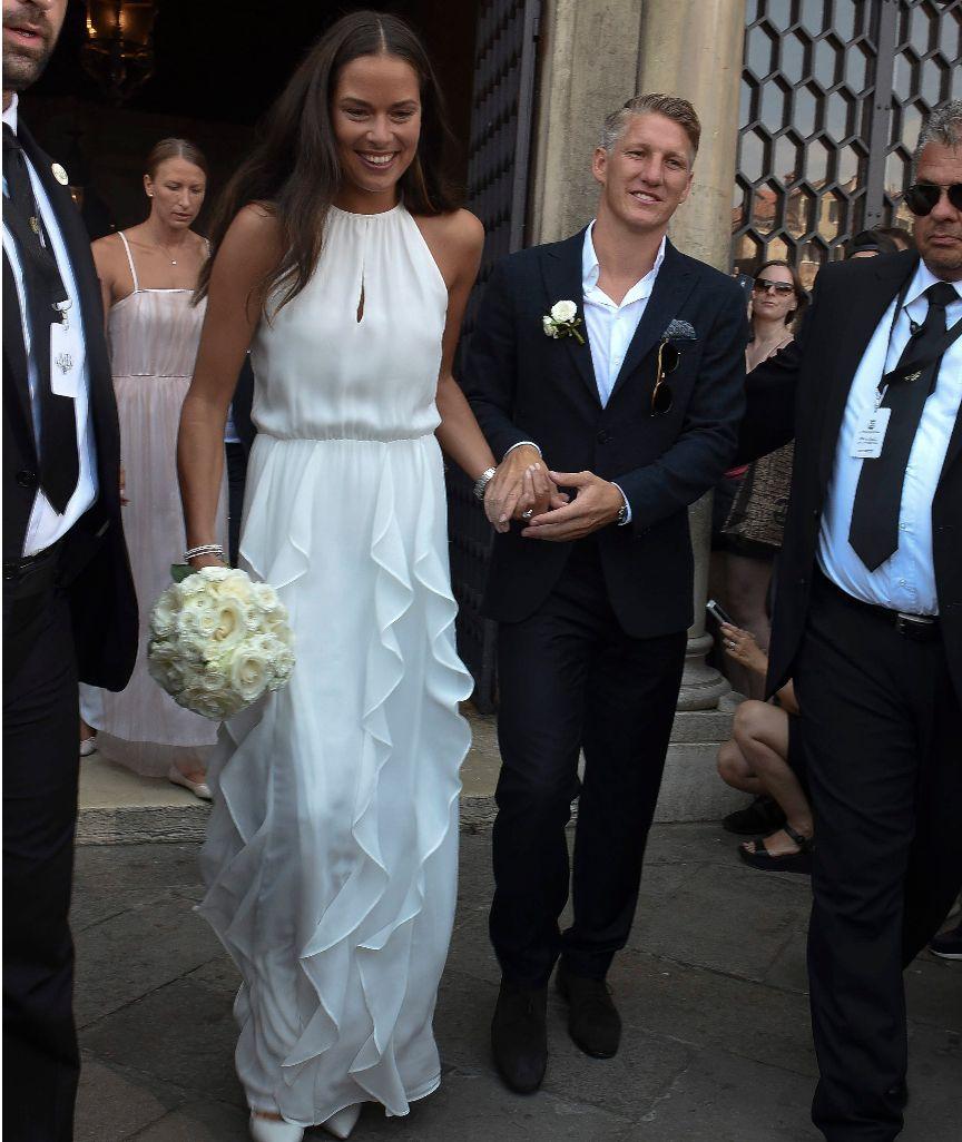 Gewitterwarnung Fur Venedig Wird Die Schweini Hochzeit Verhagelt Hochzeitsfeier Kleider Glamourose Hochzeit Kleid Hochzeit