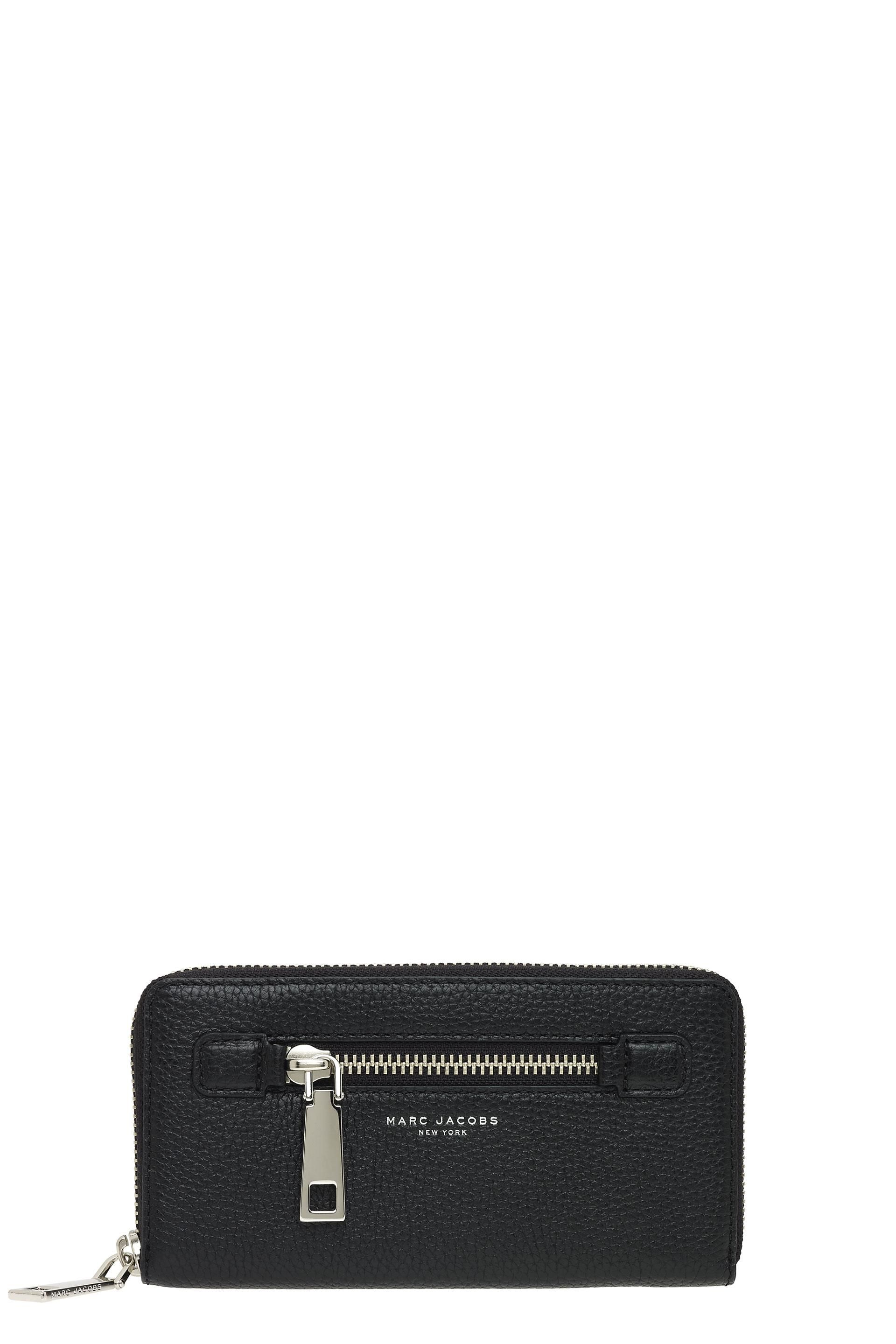 MARC JACOBS Gotham City Continental Wallet. #marcjacobs #bags #leather #wallet #accessory