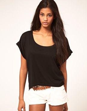 Enlarge Vero Moda Scoop Neck Fine Jersey Pocket Top