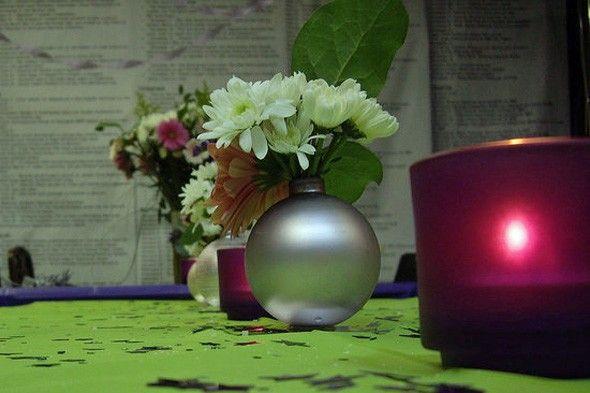 Use Christmas balls as vases!