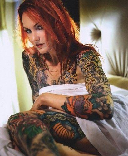 chicks-with-tattos
