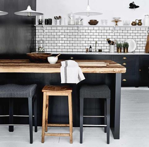 Ideen für die Küchenrückwand u2013 Glas, Metall, Fliesen, Holz