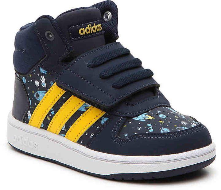 6715230ae2e07b adidas Boys Hoops Mid 2 Toddler High-Top Sneaker