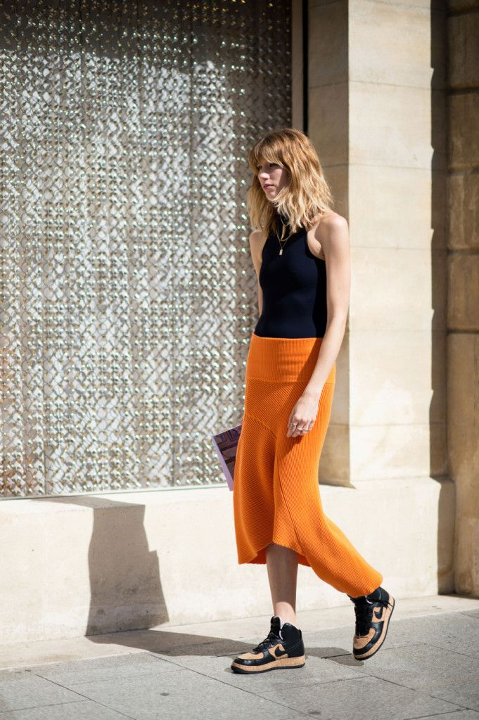 Veronica Heilbrunner | Paris Street Style: Ruffles, Sneakers & Pephem - Style Vanity