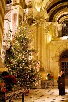 Castle Howard Yorkshire England Went There In The Summer Would Love To Have Seen It At Christm Christmas In England English Country Manor English Christmas