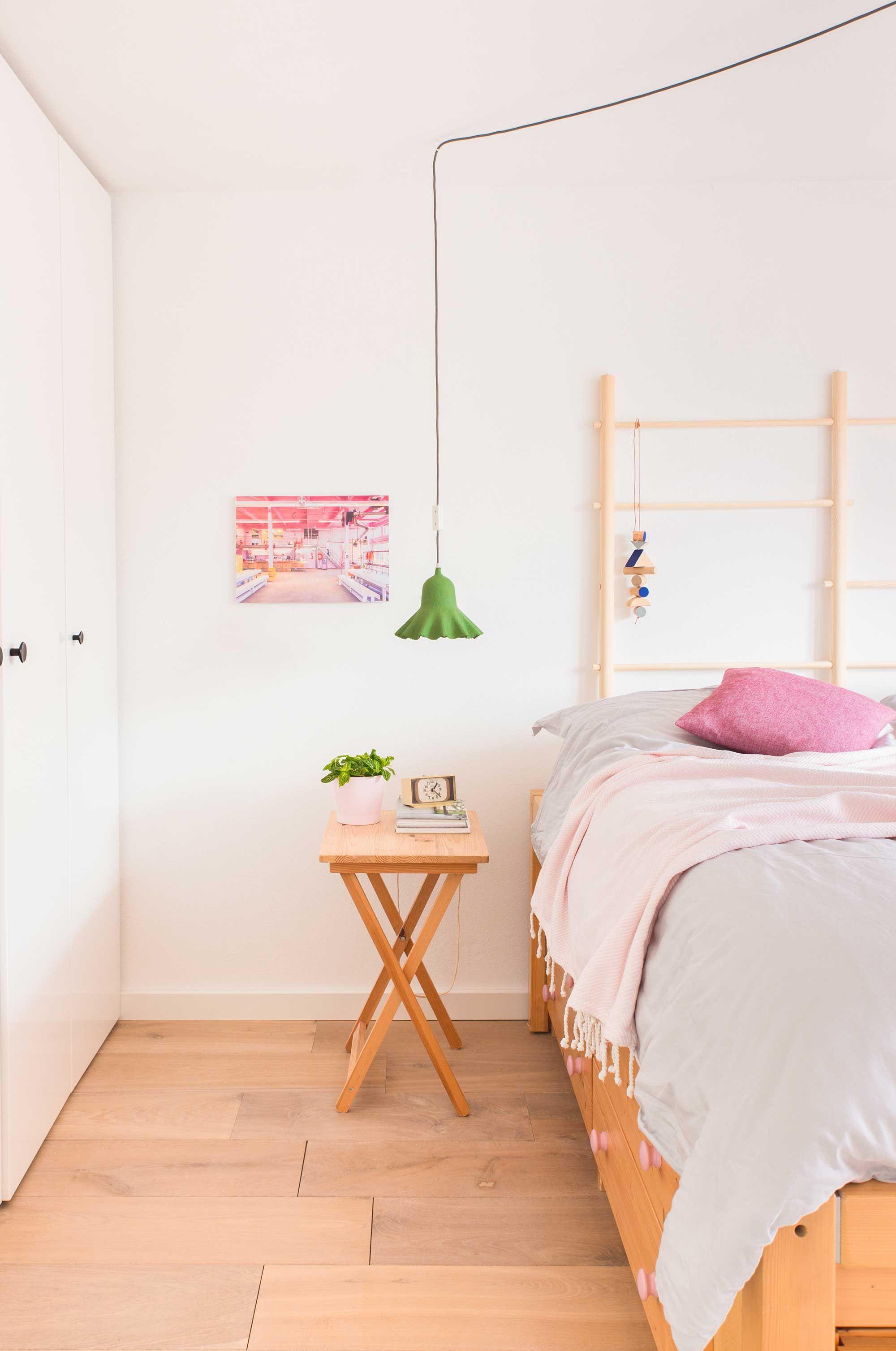 Slaapkamer   Oh Marie!   vtwonen VINTAGE   Pinterest   Hangers en Verlichting