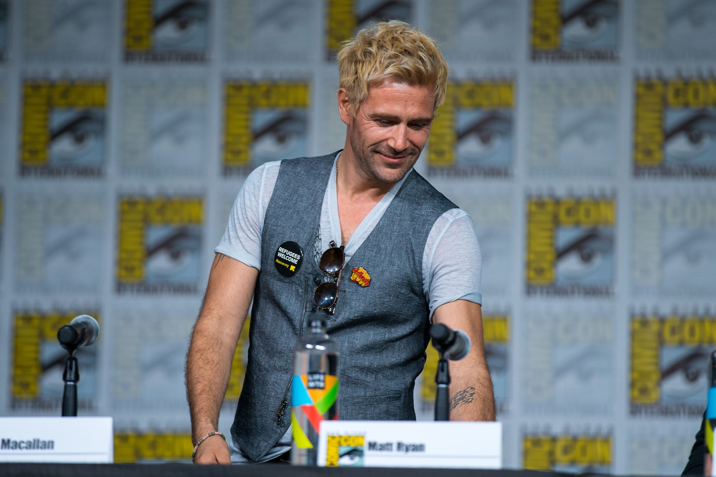 Pin By Tabitha Dearth On Actors In 2020 John Constantine Matt Ryan Actors
