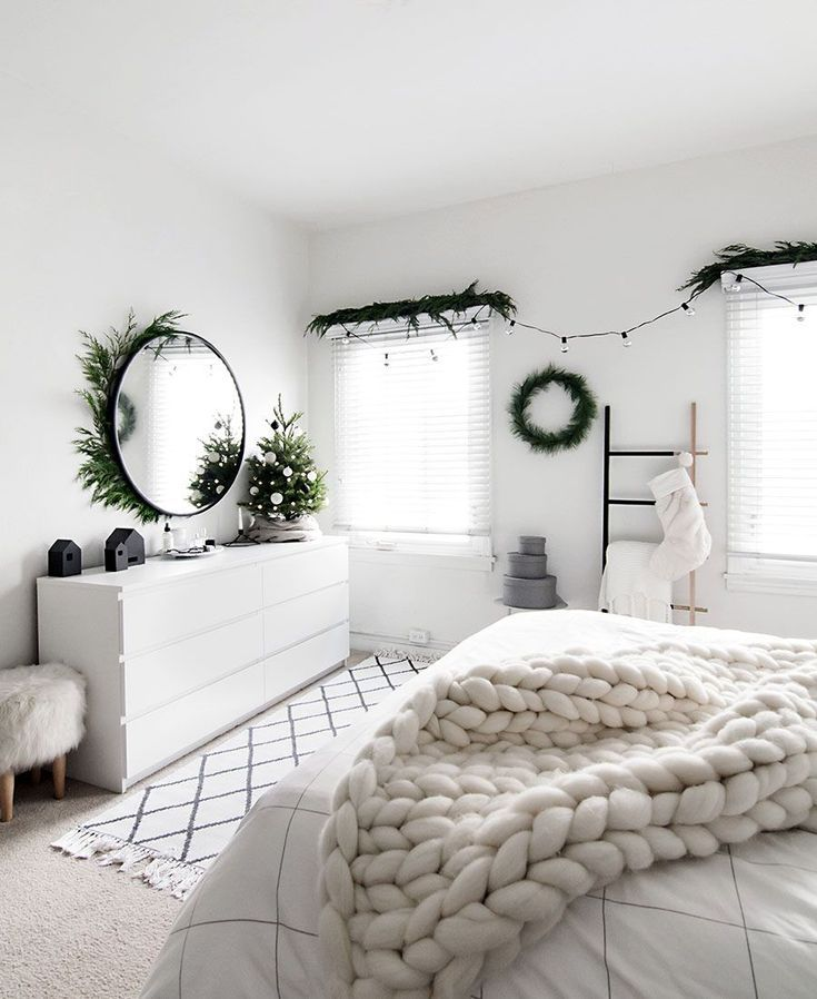 Christmas in the bedroom decor for xmas should definitely make its way into what better to wake up every day also most modern makeup vanities design ideas vanity diy plans rh ar pinterest