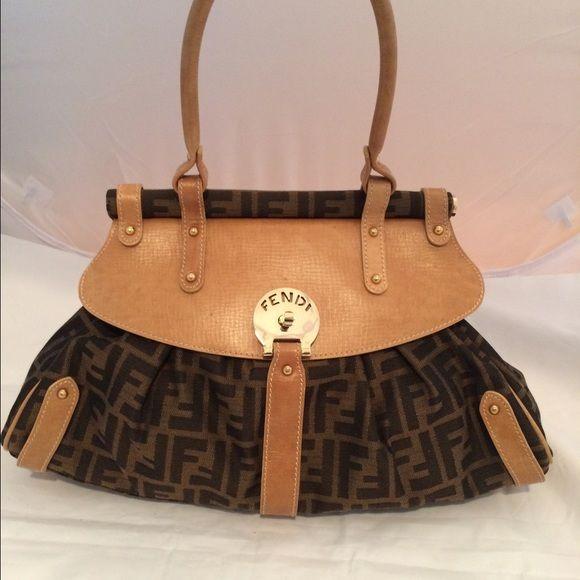5e37f8dde7 Fendi Magic Bag Excellent condition FENDI Bags Satchels