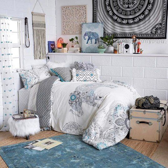 Designing Your Own Bedroom College Students  It's Time To Start Designing Your Dorm Room