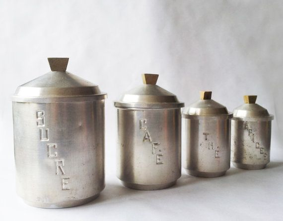 Set of 4 french vintage kitchen canisters white metal for Toko aluminium kitchen set