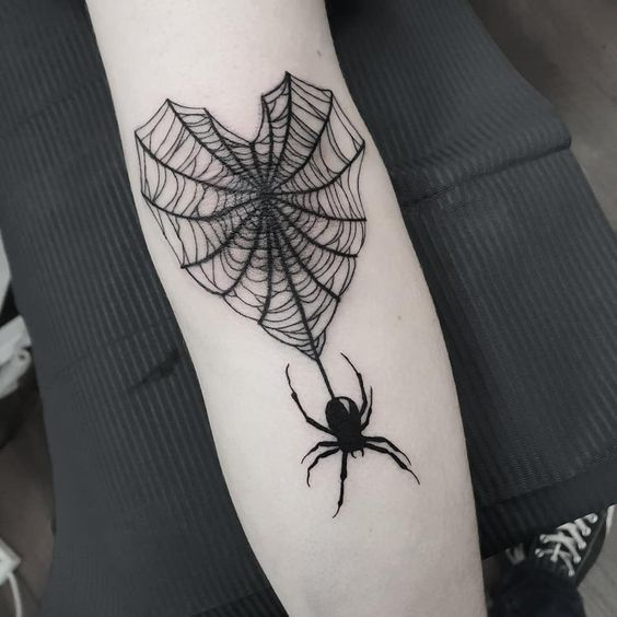 Blackwork Tattoo - The Oldest Style of Tattooing - Hate it or Love it
