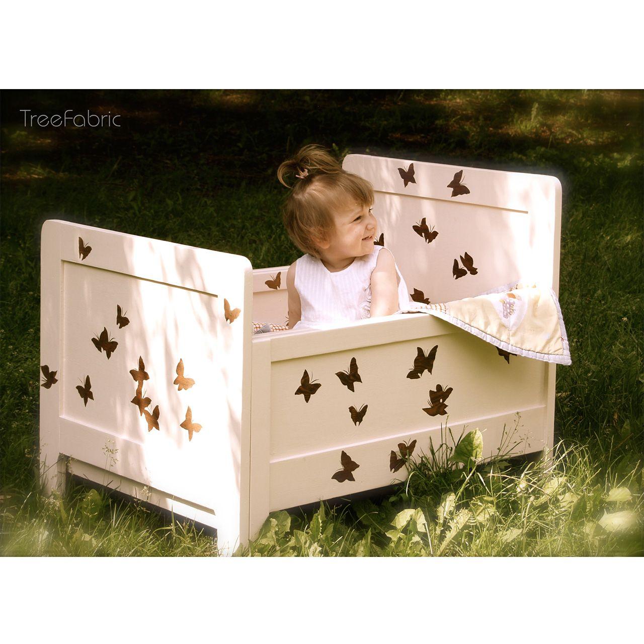 Łóżeczko Dziecięce Butterfly do pokoju Malej