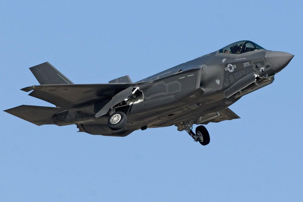 F-35 Lightning II Best Fighter & F-35 Lightning II Best Fighter | F-35 | Pinterest | Lightning and Engine