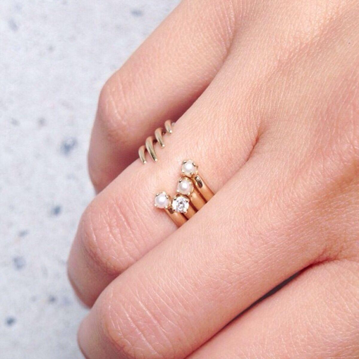 Mirlo New York | WEDDING. | Pinterest | Pearl jewelry, Jewelry ...