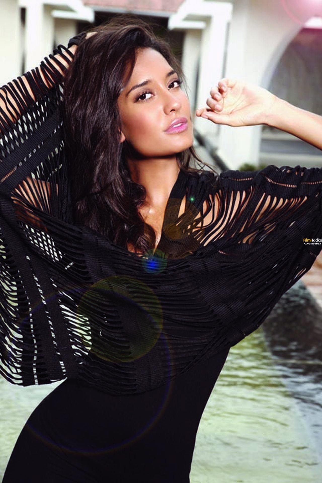 lisa haydon birthday