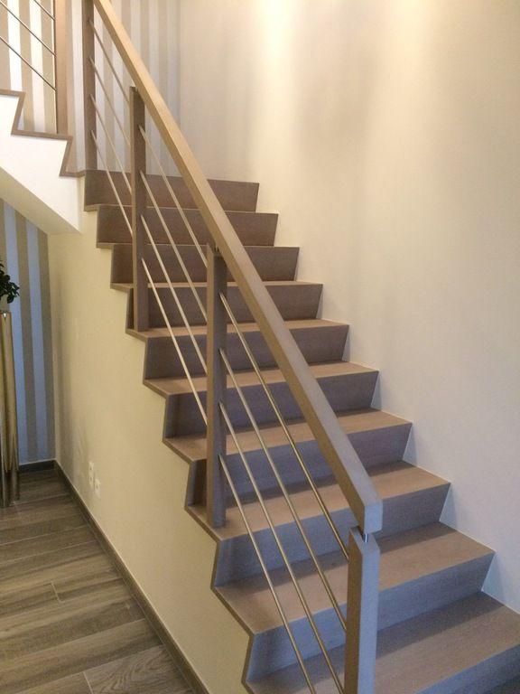 Moderne trap met hout metalen balustrade project for Balustrade trap