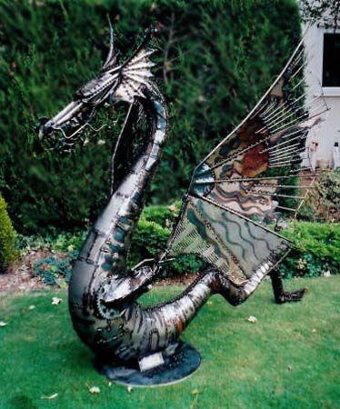 Lovely Glarge Garden Dragon