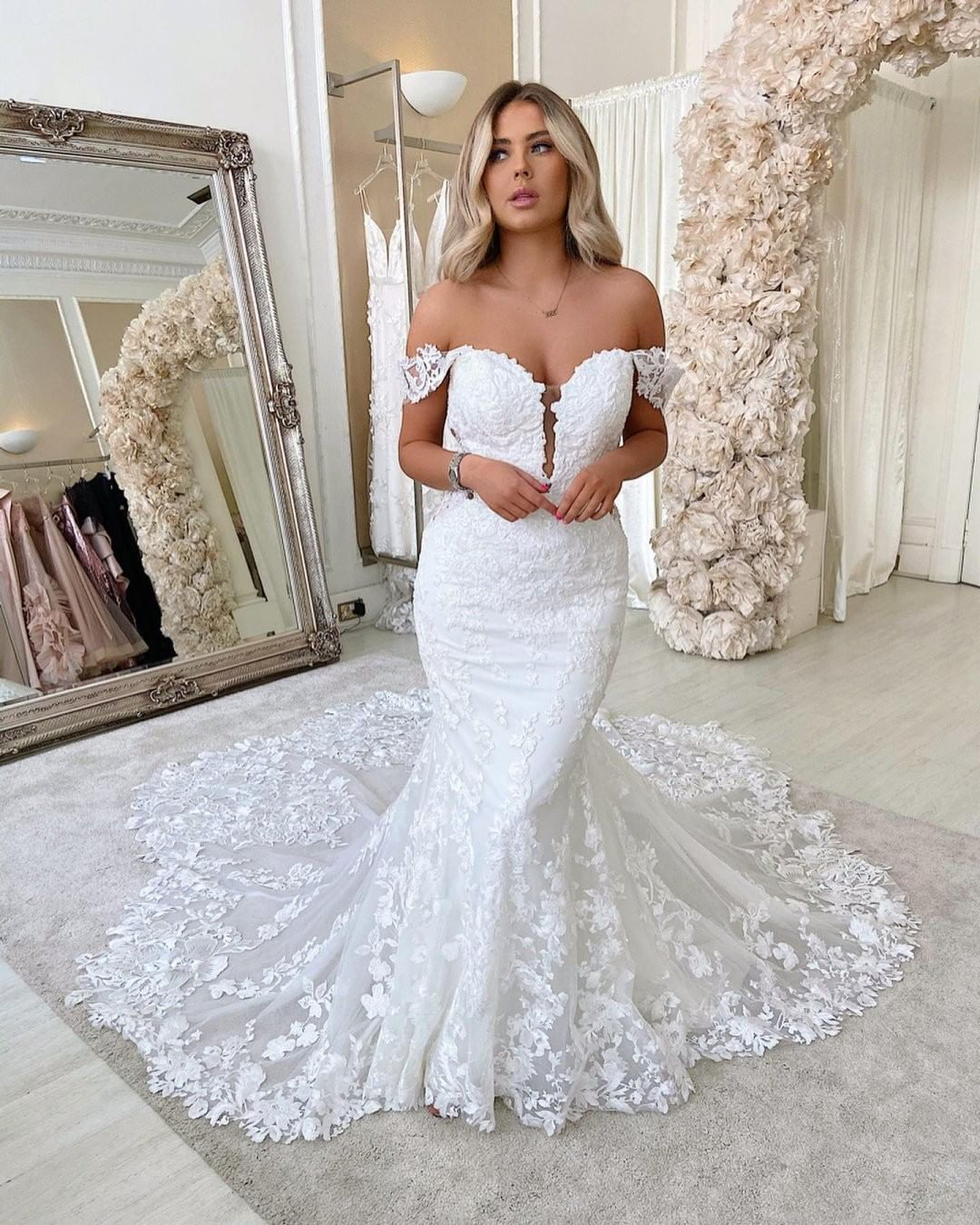 Martina Liana Bridal Designs On Instagram Style 1103 Is The Pinnacle Of Lush Garden I Backless Bridal Gowns Lace Mermaid Wedding Dress Applique Wedding Dress [ 1350 x 1080 Pixel ]
