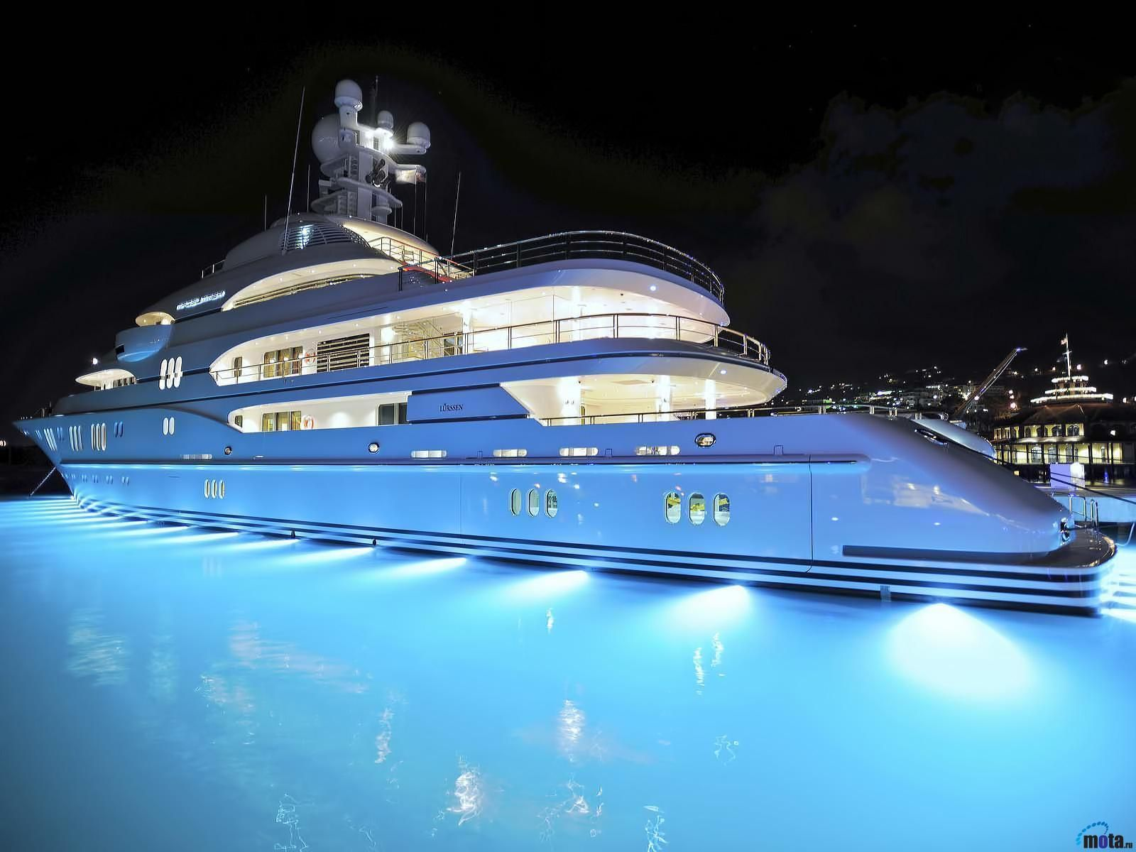 Perfect Yacht Wallpapers