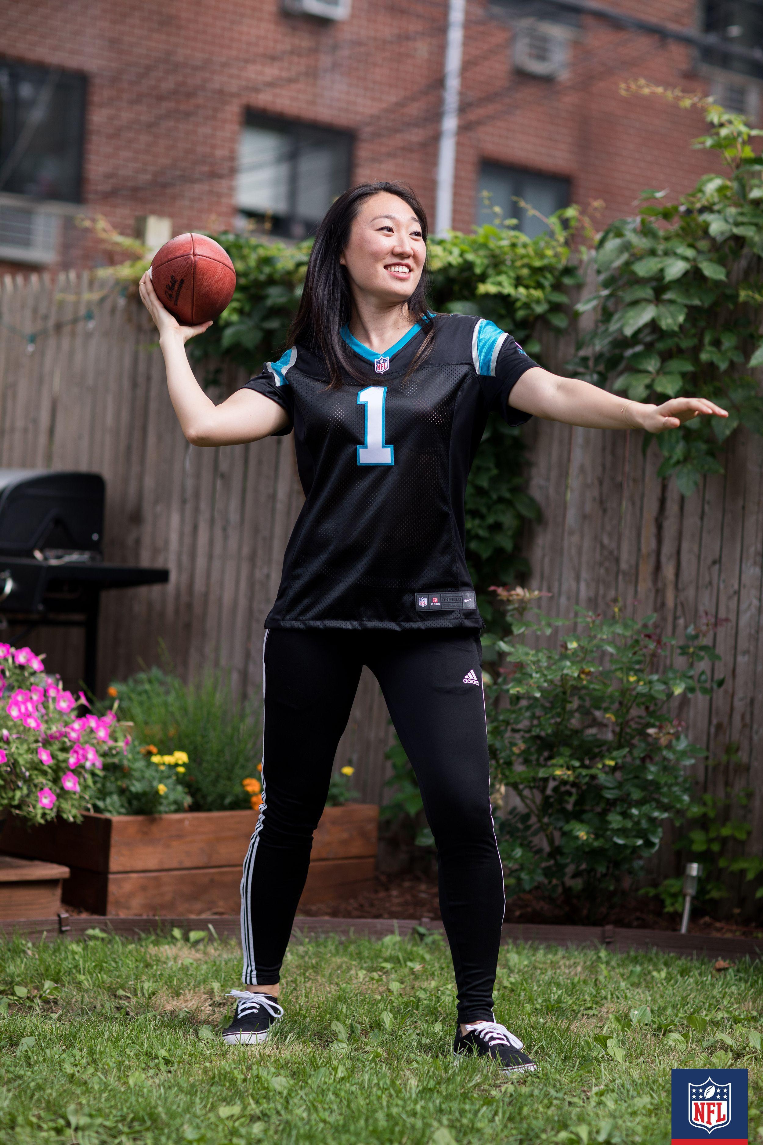 buy popular f6816 e0b2f This Carolina Panthers athleisure look translates perfectly ...