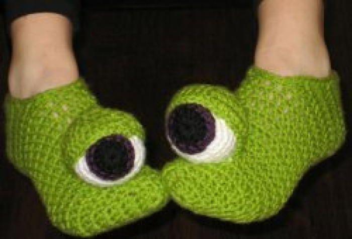 Crazy monster eyes slippers monster eyes free crochet and crochet crazy monster eyes slippers monster eyestouchcrochet instructionscrochet dt1010fo
