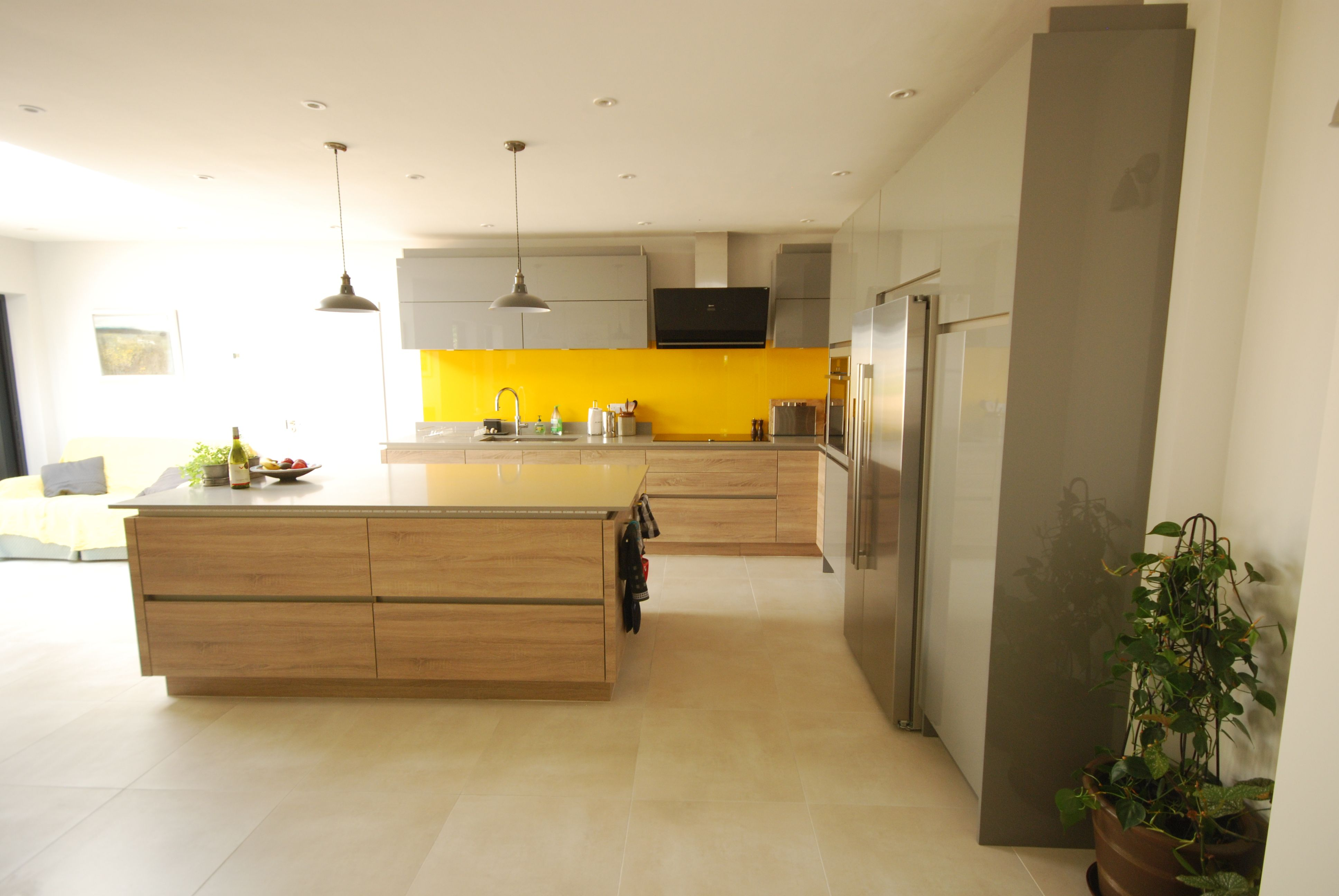 Fusion Linear Kitchen In Dust Grey Gloss And Bardilino Oak