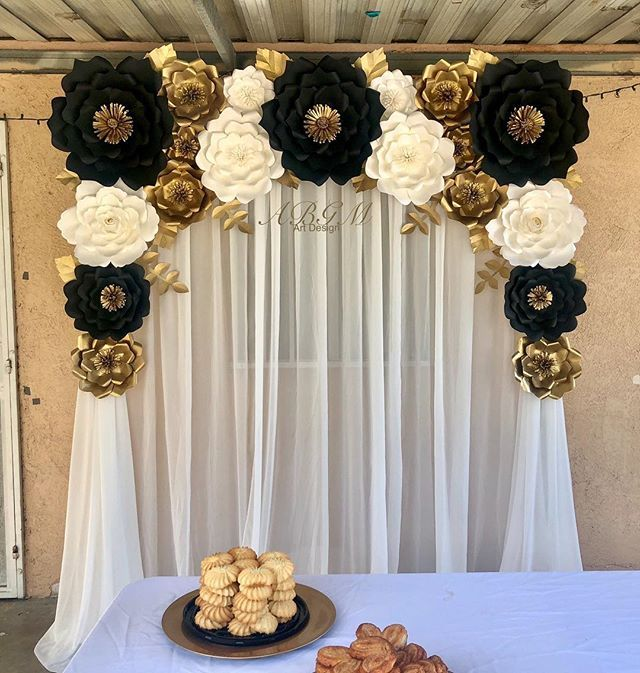 Black And Gold Wedding Decoration Ideas: Elegant Paper Flower Backdrop In Colors Black, White And