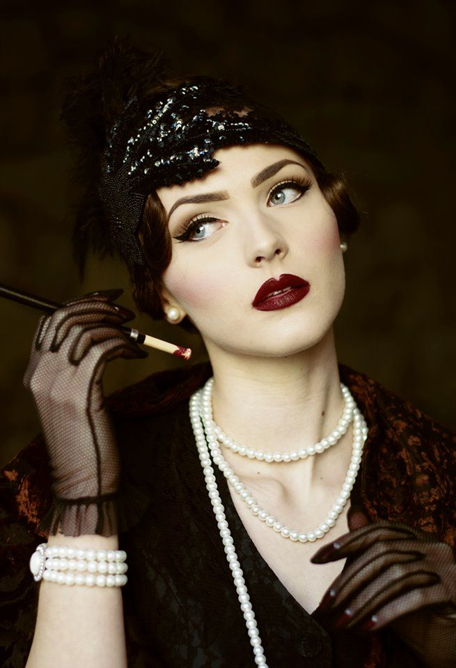 accuracy portrayal 1920s woman great gatsby The houses depicted in the great gatsby are perhaps the fitzgerald's portrayal of gatsby's home and the 1920s american dream in the great gatsby.