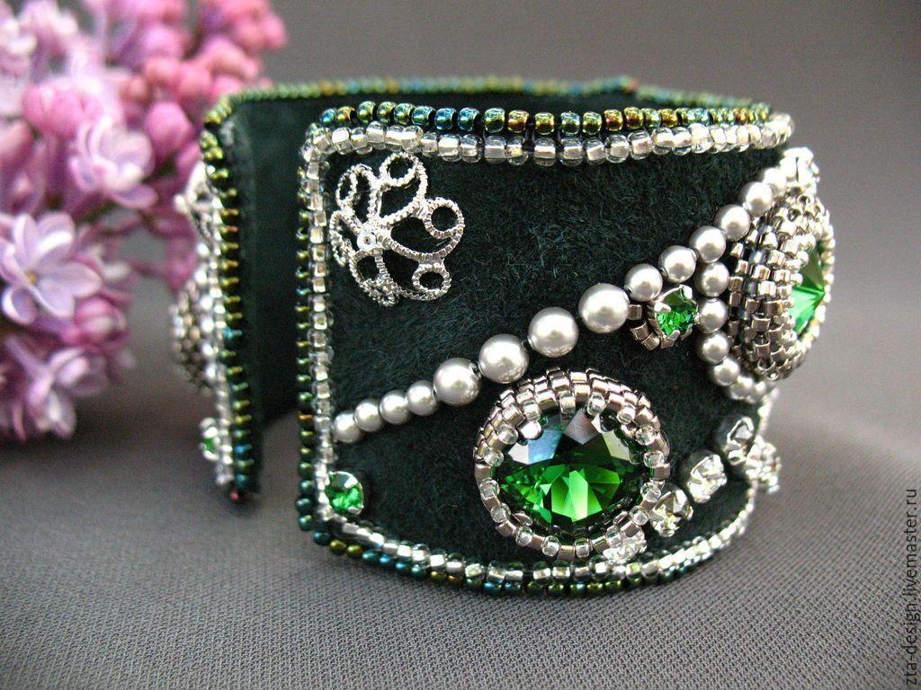 """Купить Браслет """"Притяжение"""" - зеленый, браслет со сваровски, зеленый браслет, кожаный браслет"""