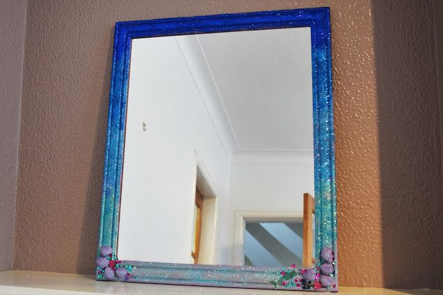 A Life With Frills: DIY OMBRE GLITTER MERMAID MIRROR